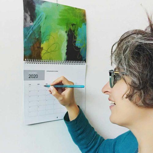 calendario-ANIMA-LIBERA-2020-grigia---©-Ilaria-Ruggeri